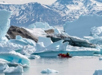 save 25% on greenland cruises with hurtigruten